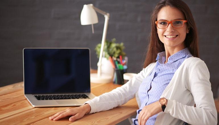 работа веб девушка модель с ежедневной оплатой
