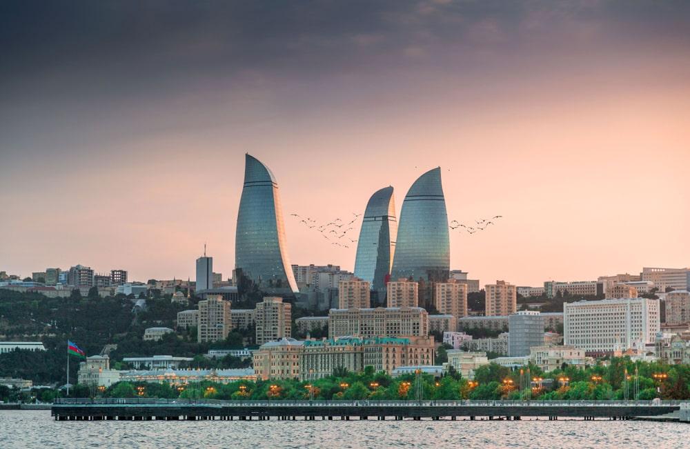 Работа веб моделью в Баку