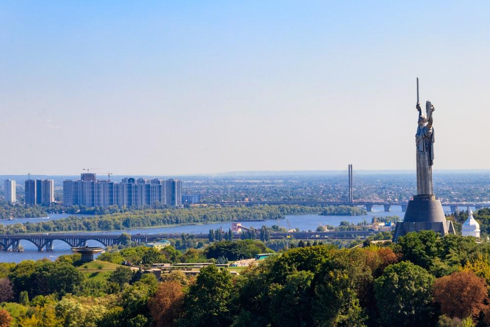 Работа веб моделью в Киеве