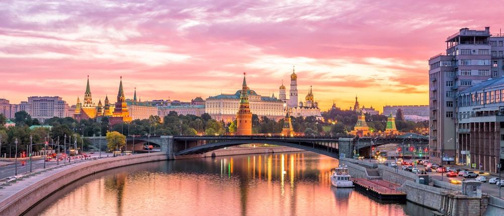 Работа веб моделью в Москве