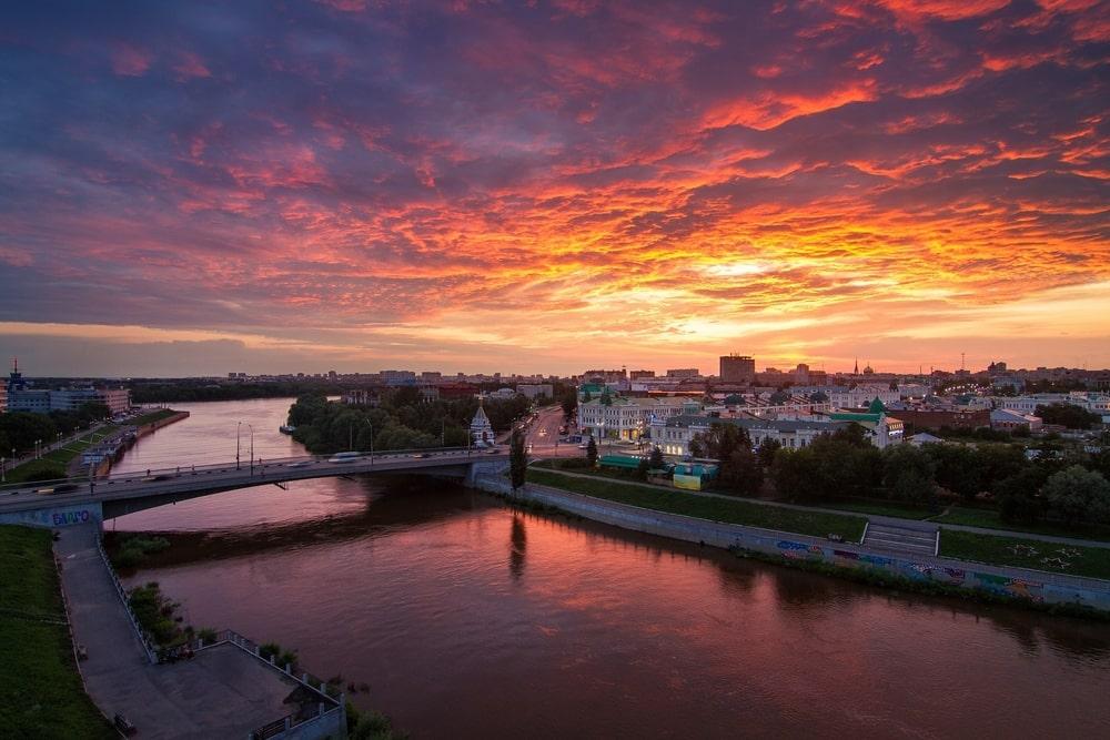 Работа веб моделью в Омске